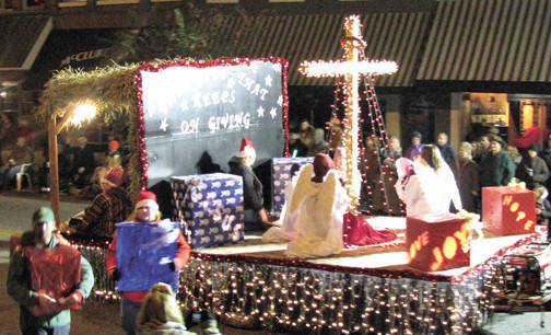 Church Christmas Floats Pictures http://www.stategazette.com/story/1591200.html